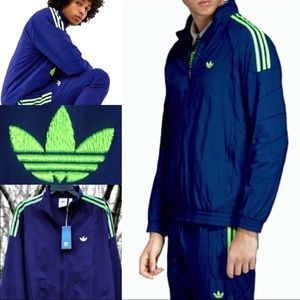 HP🏆 NWT HTF adidas Original Flamestrike Jacket